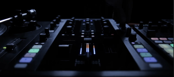 new traktor Mixer from Native Instruments